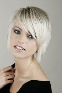 lentretien du blond platine - Coloration Platine