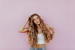 cheveux wild longs