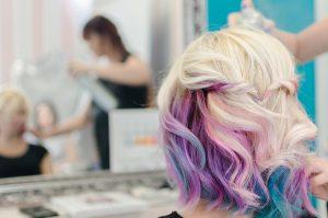 cheveux pastel rose