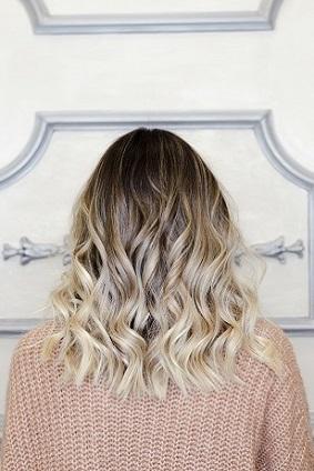 coloration-blond-naturel-tendances-2019-2020