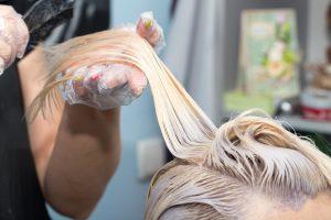 réaliser une coloration BP coiffure - Viadom