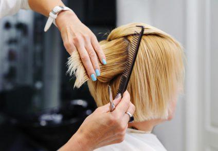 Comment faire ses tarifs en coiffure a domicile
