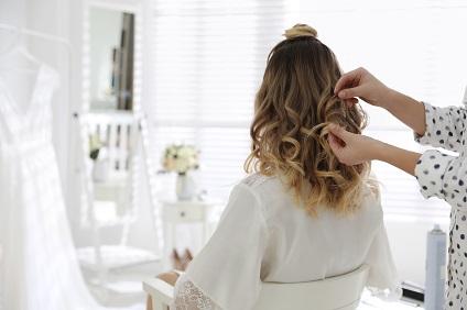 brushing-apres-shampoing-coiffeur-a-domicile-viadom